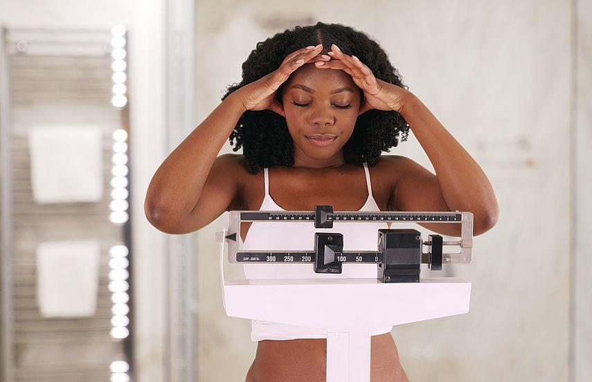 Wöchentliche Diät zur Gewichtszunahme von Frauen