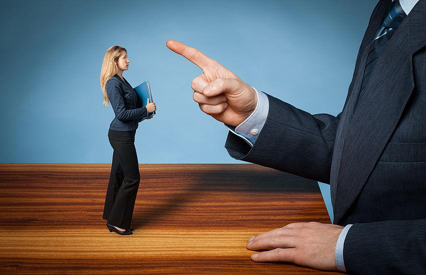 Wie verursacht Mobbing Angstgefühle?